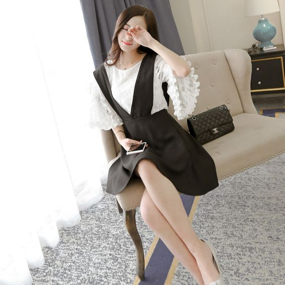 Set: 3/4-Sleeve Lace Top + V-Neck Jumper Skirt - Glen Glam | YESSTYLE