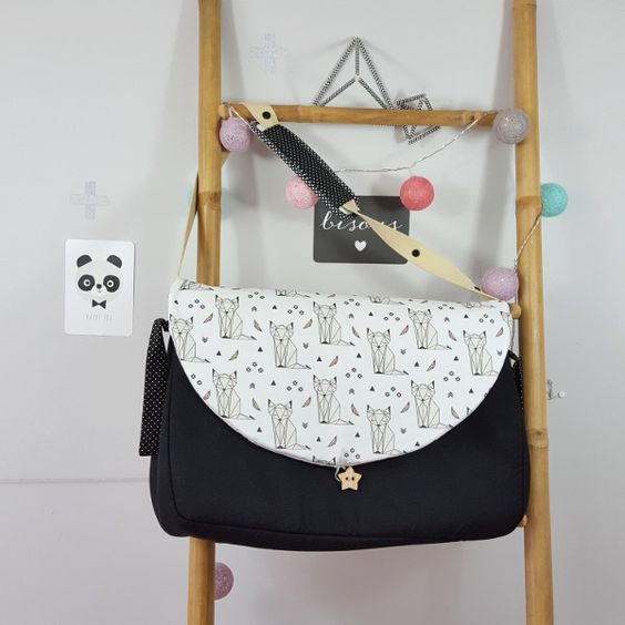 sac à langer lilaxel noir et renards origami - www.lepetitmondedelilaxel.com