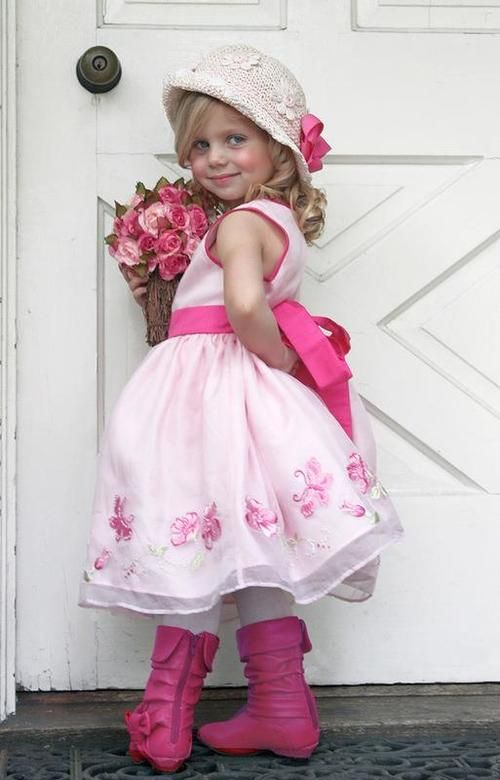 ❤ If I had a little girl, I would totally dress her up like this (says the mom of three boys.)