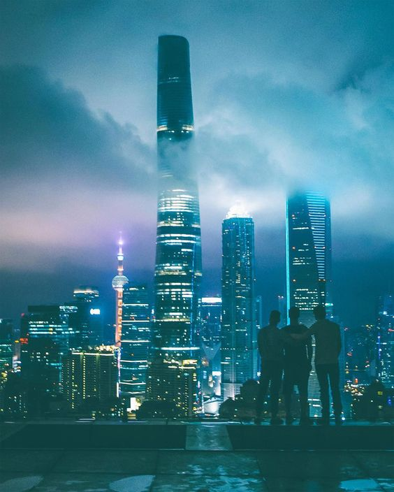 Breathtaking Rooftop Shots From Skyscrapers Of Shanghai By Oliver Shou
