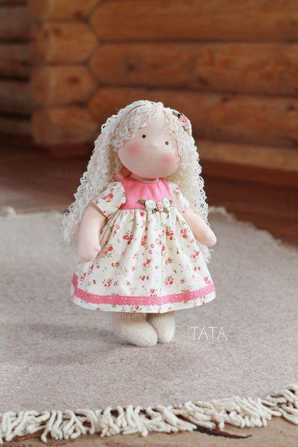 Вальдорфская игрушка ручной работы. Ярмарка Мастеров - ручная работа. Купить Кукла Дуняша, по вальдорфским мотивам. Handmade. Вальдорфская кукла