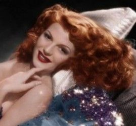 1940s: Classic Beauty, Red Heads, Rita Hayworth, Movie Stars, Redhead, Pinup, Classic Hollywood, Pin Up, Hair Color