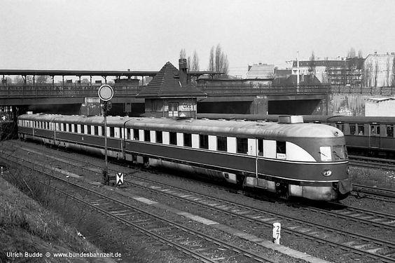 1970 VT137-273a am Bahnhof Berlin-Ostkreuz