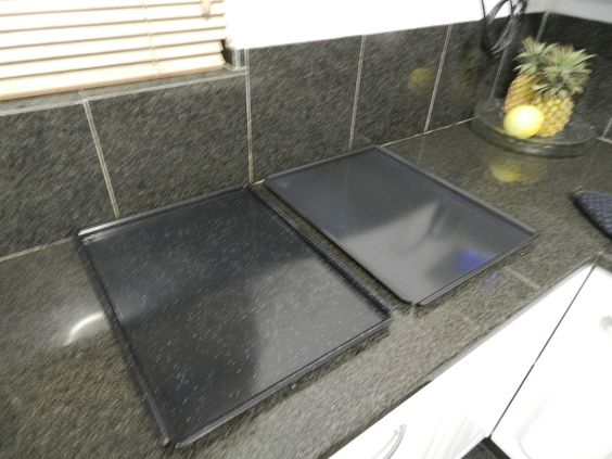 Le Petit Fillan Guest House, Sandton Upmarket Accommodation - #homeawayfromhome, two oven plates to bake biscuits on...