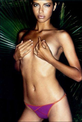 Adriana Lima ücretsiz çıplak fotoğraf