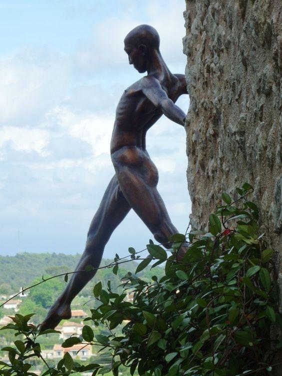 Sculpture by Nicolas Lavarenne.