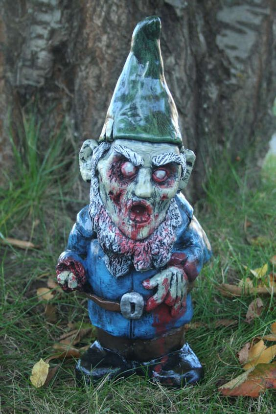 Zombie yard gnomes for sale 69 yard decor creations from spooky garden gnomes to comfy lawn for Gnome 3 decoration fenetre