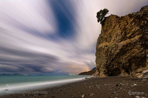 kohalmitamas:  tree on cliff by ManolisSmalios