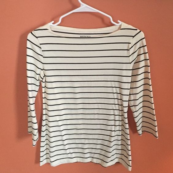 Cream and black striped boat neck tee 3/4 sleeves Perfect condition! Worn once. Merona Tops Blouses