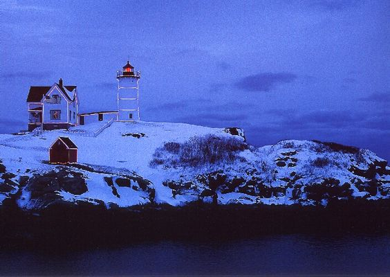 Christmas @ Cape Neddick Lighthouse, Maine