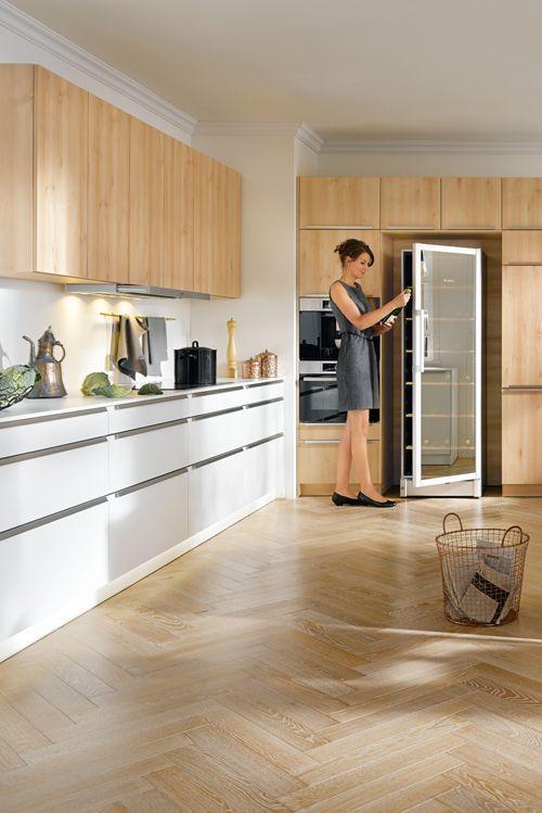 Elegante Komfort-Küche für Genießer - mit Weintemperierschrank - ordnung in der küche