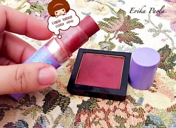 Erika Paola: Lapiz labial color vino
