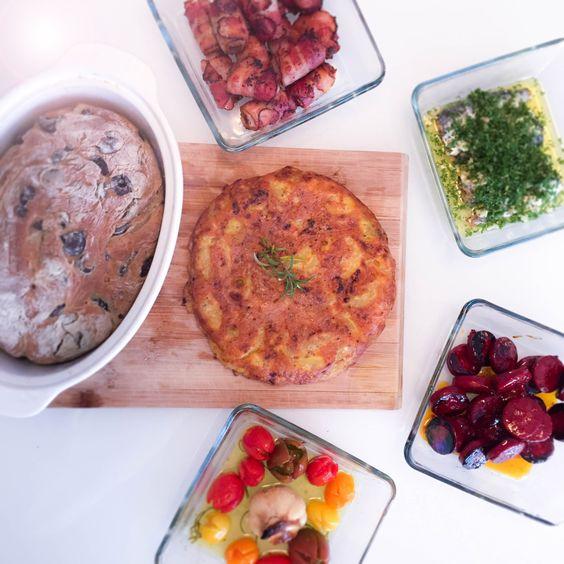 Fünf einfach und köstliche Tapasrezepte! Five easy and delicious Tapas recipes!