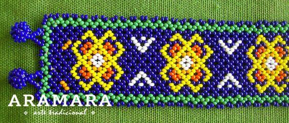 Pulsera mexicana Huichol cuentas PC-0001 por Aramara en Etsy