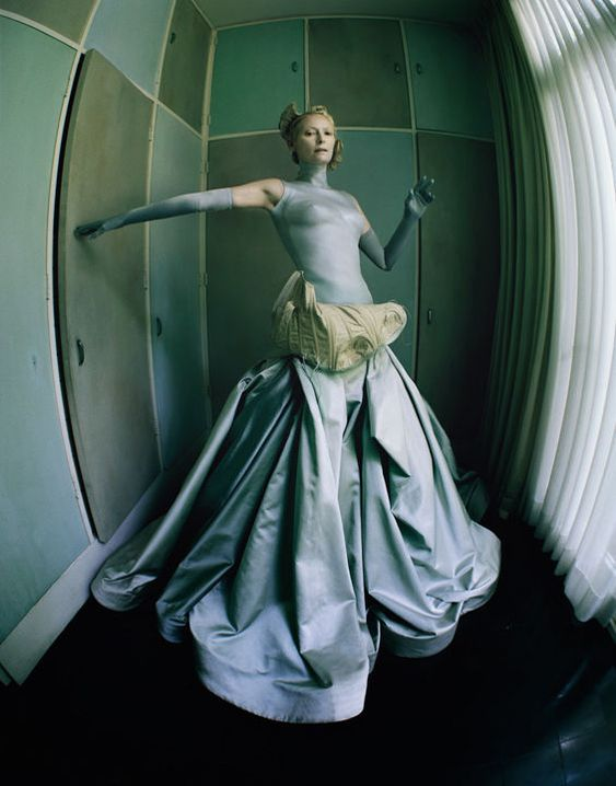 Provocatively Surreal Photography : fabio esposito