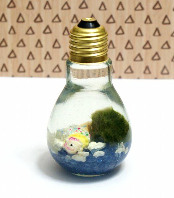 This easy Japanese Marimo moss ball DIY light bulb aquarium makes a magical and unique homemade Christmas gift idea for kids and teens.