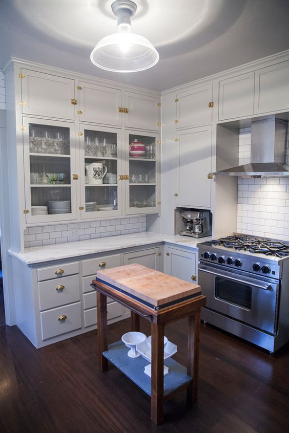 a small kitchen makes the most of details in this house tour // coco+kelley