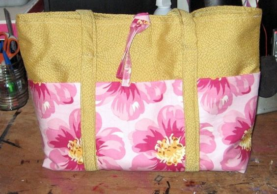 Fun Summer Purse with outside pockets