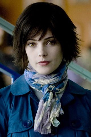 Alice Cullen (The Twilight Saga) : got my hair cut like this...or so i thought!: