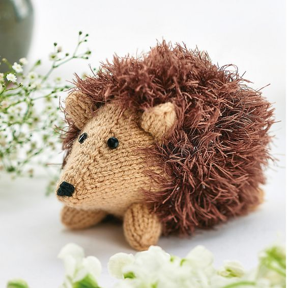 Knitting Pattern For Hedgehog : Hedgehogs, Pattern library and Ravelry on Pinterest