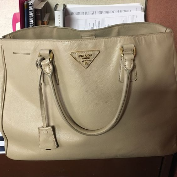 new authentic prada handbag