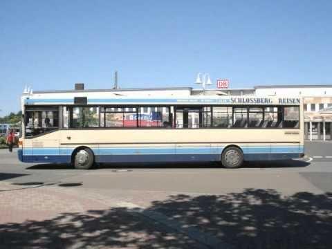 Mercedes Benz O 405 - B. Mueller [Schlossberg Reisen] [Homburg [Saar]] - HOM-M 665  #Saarland Dieser Bus [Bj. 1990] war sowohl im Schueler- als auch im Linienverkehr anzutreffen und kam im Auftrag der Saar-Pfalz-Bus GmbH meist im Saar-Pfalz-Kreis auf einigen UEberlandlinien zum Einsatz.  Von November 1990 bis Juli 2003 war er bei der Moenchengladbacher Verkehrsgesellschaft MoeBus unterwegs. Es sollte sich um die Wagennummer 9003 handeln. http://saar.city/?p=22649