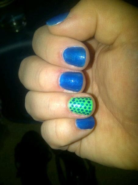 Blue/Green Dots today!