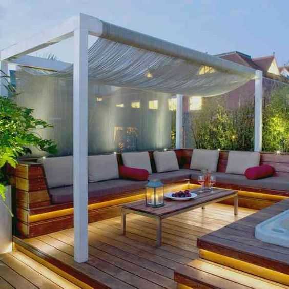 jacuzzi bois exterieur pour terrasse terrasse en bois. Black Bedroom Furniture Sets. Home Design Ideas