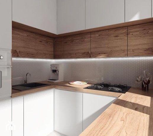 Aranzacje Wnetrz Kuchnia Projekt 10 Mala Waska Biala Brazowa Kuchnia W Ksztal White Kitchen Interior Design White Kitchen Interior Interior Design Kitchen
