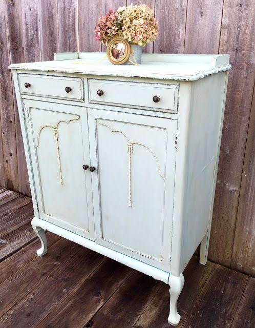 D.D.'s Cottage and Design: FAB Cabinet Makeover