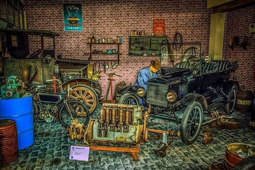 Garage Repairs Car Garage Repairs Car Mechanic Workshop Garage Mekanik Mobil Gambar Kartun Kartun