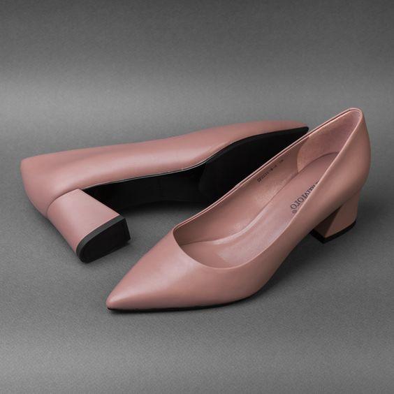 Стильные женские туфли на устойчивом каблуке! Нежный оттенок пыльной розы предаст вашему образу более женственный характер!