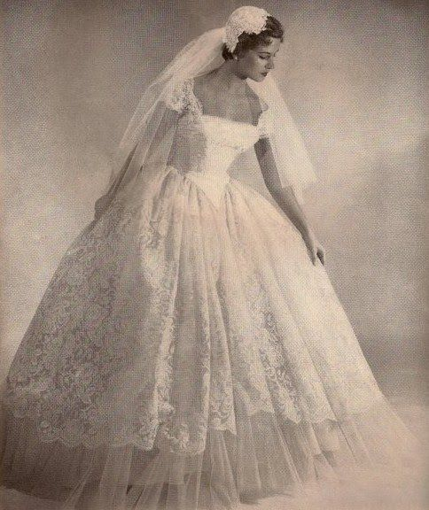 Masquerade Ball Weddings | ANTIQUE VINTAGE CRAFT AND COLLECTORS Fairs amk-events.2013 - amk ...