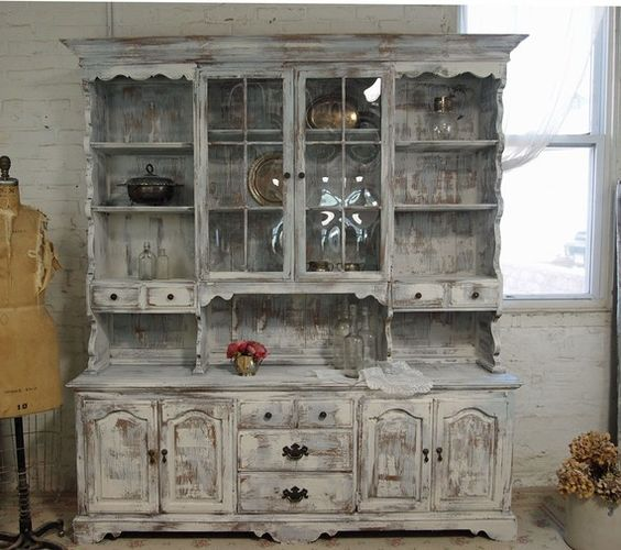 amazing farmhouse hutch: Kitchen I Ll, Great Furniture, Paint You Furniture Floors, Kitchen Odeas, Painted Cottage, Antique Ish, White Hutch, Furniture Row, Antique White