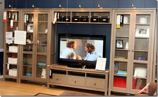 i have a couple of friends who have these hemnes pieces set up in, Wohnzimmer