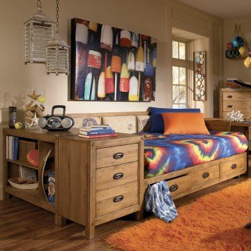 love this platform storage daybed for teen boys for more kids room decorating and organizing. Black Bedroom Furniture Sets. Home Design Ideas