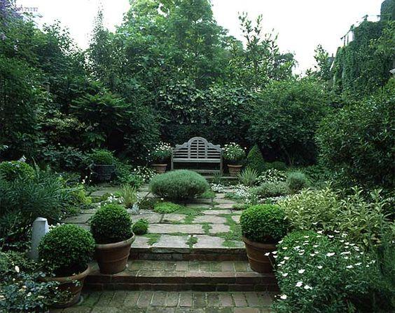 Lutyens Bench in Lush Setting | Landscape & Architectural Design: Arabella Lennox-Boyd