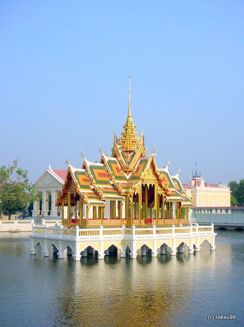 タイ、アユタヤの世界遺産、バンパイン宮殿です。