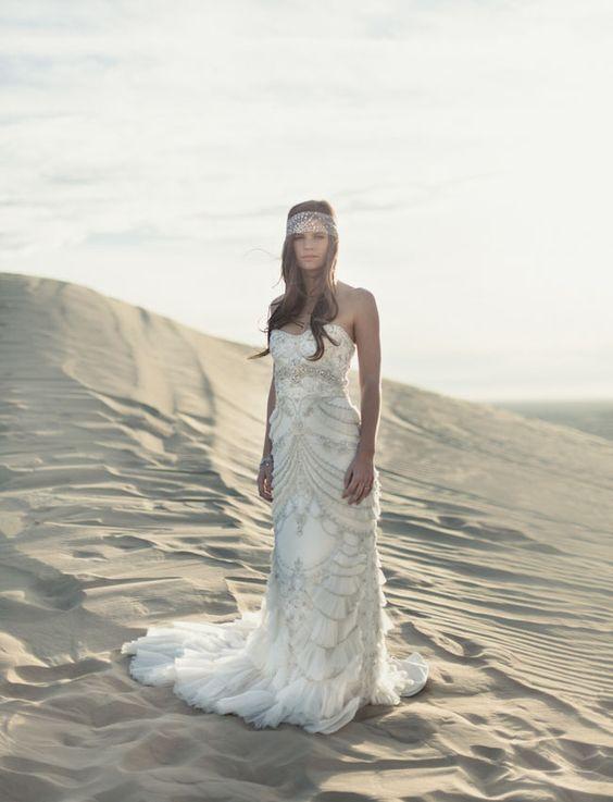 Romantic moroccan wedding inspiration moroccan wedding for Mon amie wedding dresses