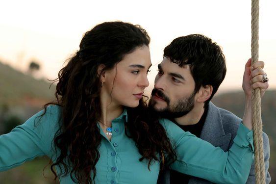 La historia de Miran Aslanbey y Reyan Şadoğlu Cb9000db915964a45456f1fecafee814