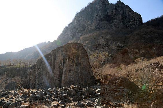 Y avait-il un sanctuaire à Khor Kharfot (au pays d'Abondance de Néphi)?