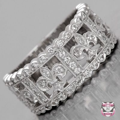 FLEUR DE LIS RING!!!!!!!!!!!Fleur De Lis Wedding Band - Special Order-. Oh. My. God. Why didn't I see this before???
