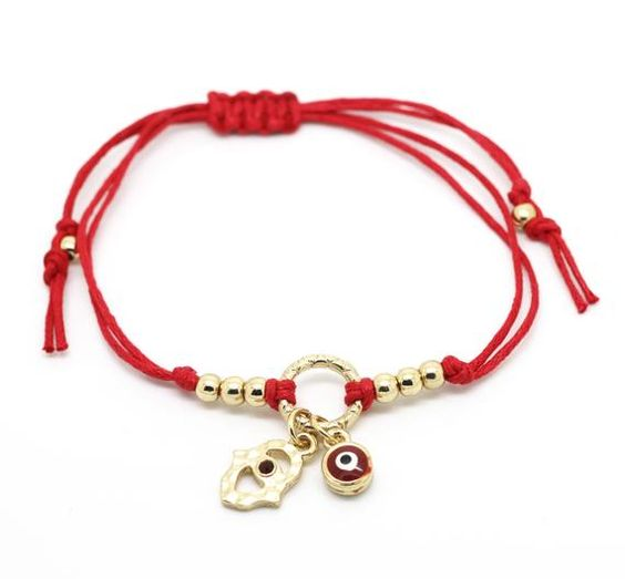 Artículos similares a Cordón rojo oro hamsa ojo malvado encanto pulsera de San Valentín regalos para novia cordón hecho a mano ajustable pulsera para niña en Etsy