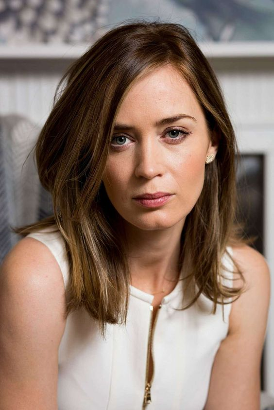 CASTING: Emily Blunt for Chloe Germain