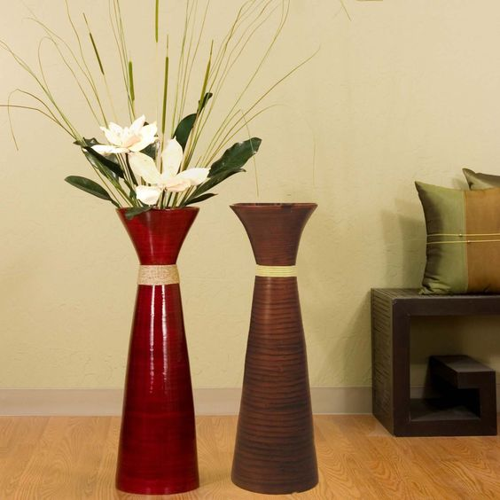 Stylish red and grey floor vases design ideas on laminate for Floor vase decoration ideas