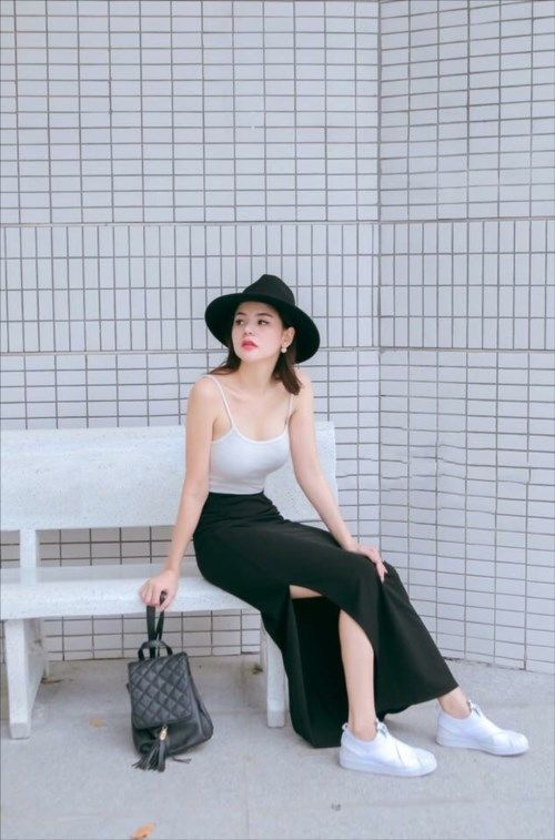 Set áo hai dây chân váy xẻ một bên màu trắng | Đầm body đẹp ...