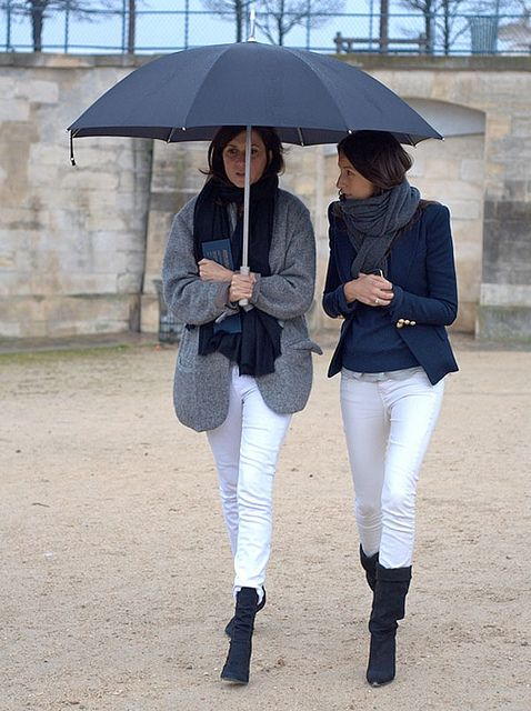 rainy day in the tuileries: