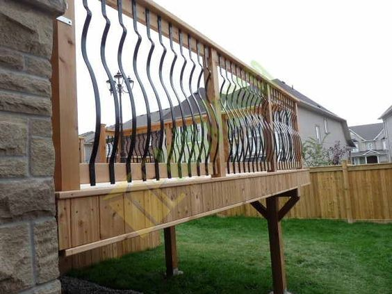 Best Curved Metal Spindles With Wooden Hand Rail This Is What 400 x 300