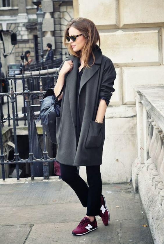 Une longue veste moderne en gris