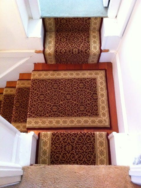Take a look at Dabbieri showroom Colony Rug Company, Inc. and its latest dramatic transformation of a new fresh and foral client staircase! So elegant! Congrats to their expert team!